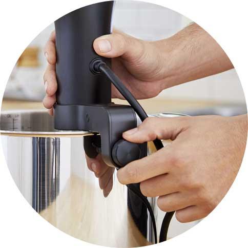 Anova-Sous-Vide-Precision-Temperature-Cooking-step-1