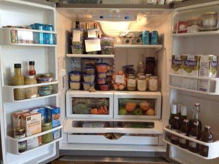 Top- Kitchen-Hygiene-Tips-stocked-food